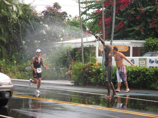 Kona Residents Like To Help Out